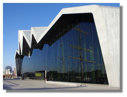 illustrated guide to places to visit riverside museum glasgow. Black Bedroom Furniture Sets. Home Design Ideas